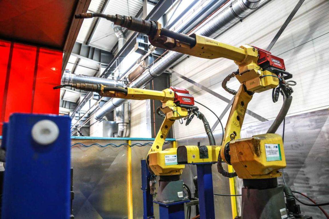 Zaawansowane Robot welding - Kamir - wycinanie laserowe, gięcie, spawanie i CR31