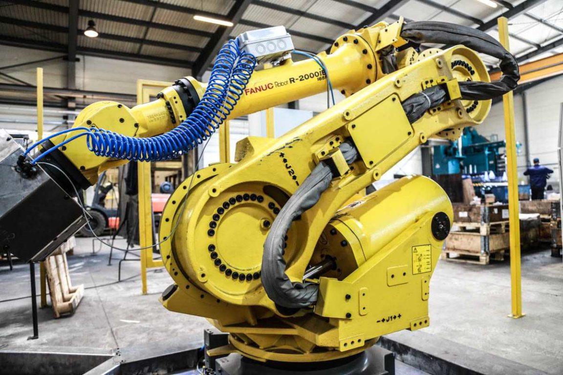 Zaktualizowano Robot welding - Kamir - wycinanie laserowe, gięcie, spawanie i LQ38